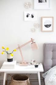 Nachtkastje Slaapkamer Met Houten Lamp Bedroom Nightstand With