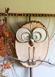 20 create a cute owl using materials available around the house diy rustic wood decor homesthetics