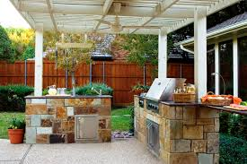 Diy Outdoor Kitchen Frames Rustic Outdoor Kitchen With Cultured Stone Base Frames Combined