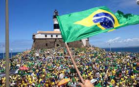 Resultado de imagem para manifestação nas ruas do brasil fotos