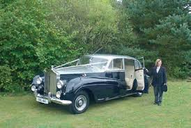 limousine wedding cars the wedding community Wedding Cars Dumfries for wedding hire you can easily find limousines from rolls royce, austin, morris and daimler, and other makes such as wolseley, vauxhall and humber could wedding cars dumfries and galloway