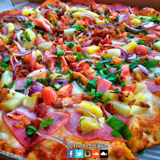 photo of round table pizza honolulu hi united states maui zaui