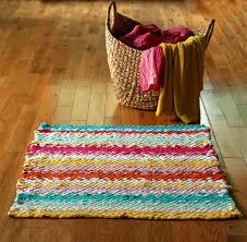 make a woven rag rug