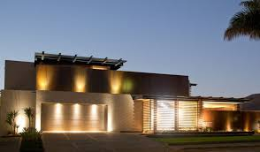 Design Exterior Case Moderne : Illuminazione esterna villa contemporanea di design