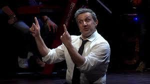 """La Macchina della Felicità"""": lo spettacolo di Flavio Insinna ..."""