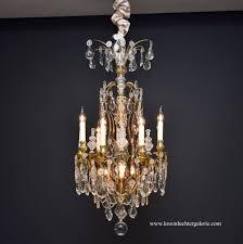 Großer Bronzevergoldeter Versailles Kronleuchter