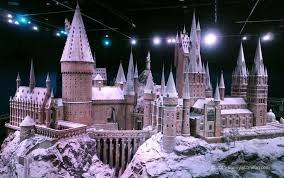 Yule Ball Decorations The Yule Ball Comes to 'Hogwarts in the Snow' at the WB Studio 77