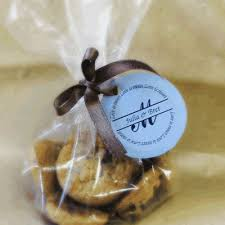 Use homemade goodies as wedding or party favors!