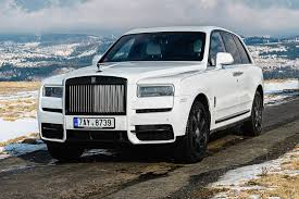 The petrol engine of cullinan is a 6750cc unit which generates a power of 563bhp and a torque. 2020 Rolls Royce Cullinan Pictures 75 Photos Edmunds
