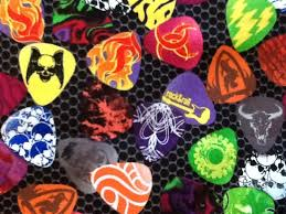 Guitar Picks Rock & Roll Music Cotton Fabric Quilt Fabric CR472 &  Adamdwight.com