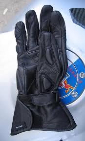 E X C E S S I V E L O C I T Y Review Teknic Lightning Gloves