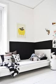7 half painted wall a european design