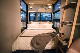 Captivating Queen Bedroom   Portable Hotel Room By Contained