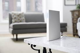 Wink Hub White Light Wink Launches A More Powerful Smart Home Hub The Verge