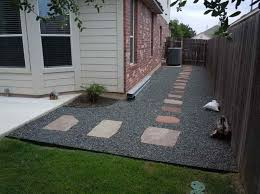 Backyard landscaping design ideas