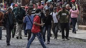 Resultado de imagem para A INVASÃO DA PARLAMENTO VENEZUELANO