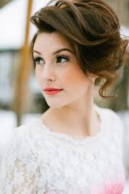 makeup ideas with white dress 22