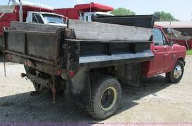 1983 Ford F350 dump bed truck Item H3295