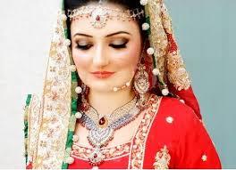 bridal make up for barat