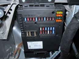 ignition electric windows on smart car smart 451 4 steps pull the fuse and prepare the cable