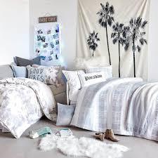 32 Ideas For Decorating Dorm Rooms Courtesy Of The Internet Designer Dorm Rooms
