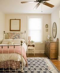 Romantic And Tender Feminine Bedroom Designs