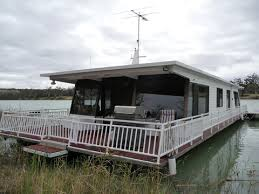 Small Picture house boats 34833989f44378b Houseboat For Sale House boats