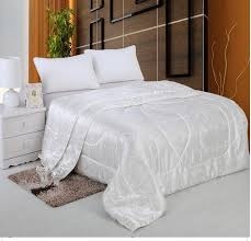 Chinese silk quilt summer comforter bedspreads quilted blanket ... & Chinese silk quilt summer comforter bedspreads quilted blanket bedding for  king size bed cover white pink cream home texile 2KG-in Comforters & Duvets  from ... Adamdwight.com