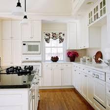 Mocha Shaker Kitchen Cabinets 10 Fascinating Shaker Kitchen Cabinets Thatll Create A Better