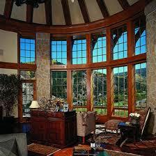 ... Comfortable Tudor Style Windows Tittle ...