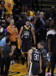 Klay Thompson sustains torn left ACL in ...