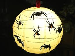 how to decorate paper lanterns for