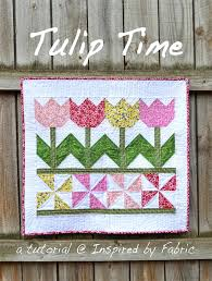 ideas for hanging quilts on the wall tutorial tulip time wall hanging hanging quilts on wall