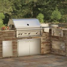 lynx 36 inch gas grill built into outdoor kitchen