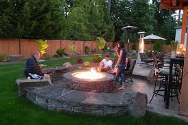 building an outdoor fire pit with bricks