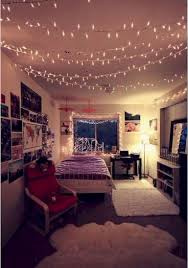 Cute Rooms With Lights 55 Rustic And Cute Dorm Room Decorating Ideas Decor Ideas