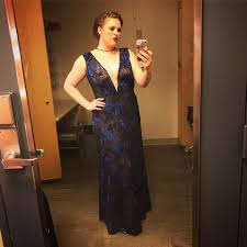 Devon Guthrie - All dolled up and ready to sing some Poulenc ...