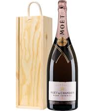 a magnum of moet chandon brut rose nv chagne 1 5 litres presented in a wooden gift