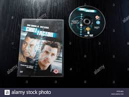 DVD of Cuba Gooding Jnr and Skeet Ulrich thriller Chill Factor Stock Photo  - Alamy