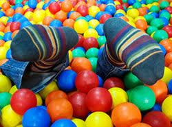 ball pool. ballpool cleaning keeping children safe ball pool