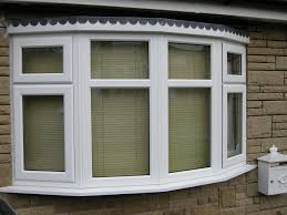 Perfect Fit Metal Venetian Blinds Fitted To A Bay Window In Bay Window Vertical Blinds