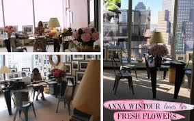 anna wintour office inspiration fresh flowers anna wintour office google