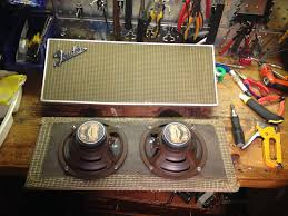 bf sf bandmaster fenderguru com the bandmaster amp expects a 4 ohm load and two 8 ohm speakers wired in parallel will make 4 ohms if you intend to use the bandmaster 2×12″ extension