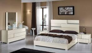 Modern Italian Bedroom Sets Diva Rocker Glam Beds