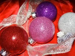 Weihnachtskugeln Selbst Bemalen Mit Geschmolzenen