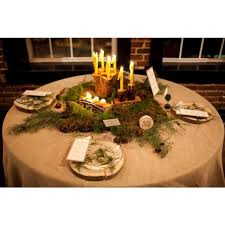 60 round burlap tablecloth display