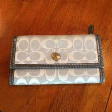 Coach Signature jacquard  LEATHER Large Wallet.