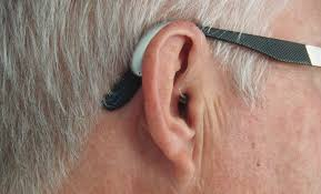hearing aids comfortably with gles