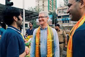 apple new head office. Apple CEO Tim Cook Visits Mumbai On May 18. Apple New Head Office
