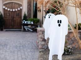 Outdoor <b>Halloween</b> Decoration: <b>Hanging Ghosts</b>